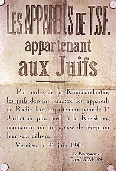 Remise des appareils de TSF (radios) appartenant au Juifs – Verviers, 23 juin 1941 © Droits réservés – CEGESOMA, Bruxelles, 274155